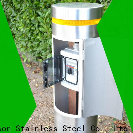 lockable parking bollards & aluminium garden pergola